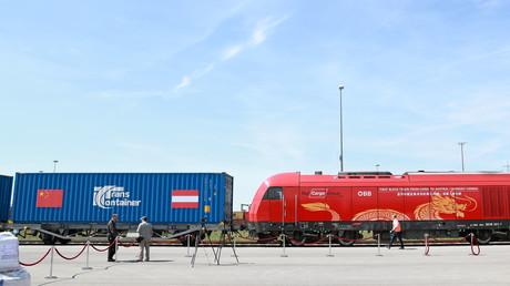 Start des ersten direkten Güterzuges, der zwischen Österreich und der Volksrepublik China verkehrt.