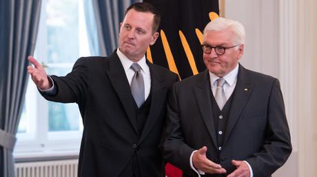 Richard Grenell (l.), der neue Botschafter der Vereinigten Staaten von Amerika in Deutschland, wurde von Bundespräsidenten Frank-Walter Steinmeier im Schloss Bellevue am 8. Mai akkreditiert. Mit diesem Akt gibt es nach 15 Monaten Pause wieder einen US-Gesandten in Berlin.