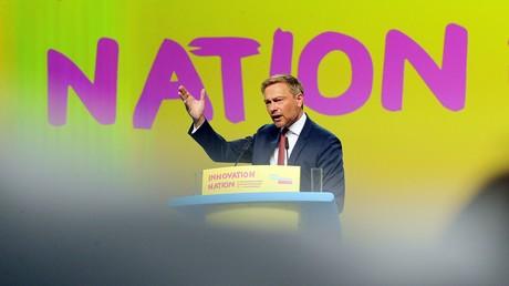 FDP-Chef Christian Lindner spricht beim Parteitag am 12. Mai 2018 in Berlin.