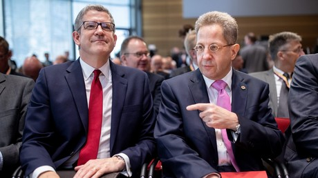 Verfassungsschutzpräsident Maaßen (r.) und der Generaldirektor des MI5 Andrew Parker (l.) auf dem Symposium des BfV