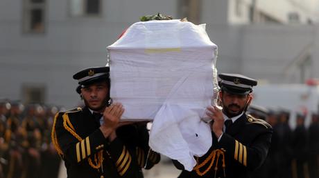Palästinensische Sicherheitskräfte der Hamas bei einem Begräbnis im südlichen Gazastreifen