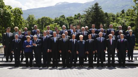 Staats- und Regierungschefs der Europäischen Union mit ihren Kollegen aus den Westbalkanstaaten beim Gruppenfoto im Rahmen des EU-Westbalkan-Gipfels am 17. Mai 2018 in Sofia.