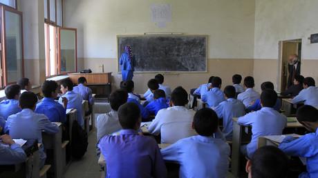 Über 400 Schulen schließen in umkämpfter afghanischer Provinz (Symbolbild)
