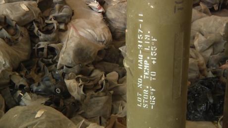 Funde in Al-Nusra-Lager in Syrien: Geheimdienst-Dokumente, US-Waffen und deutsche Gasmasken