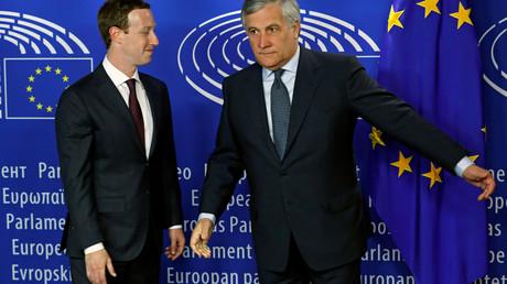 Mark Zuckerberg mit dem Präsidenten des EU-Parlaments, Brüssel, Belgien, 22. Mai 2018.