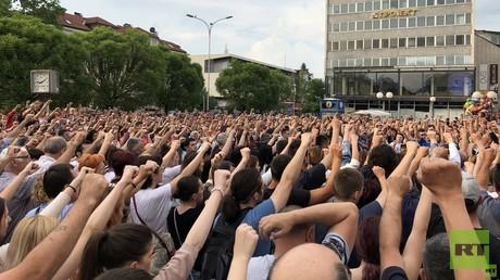 Täglich demonstrieren in Banja Luka  Menschen für die Aufklärung des Mordes an David Dragičević.