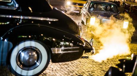 Umweltministerin Schulze: Firmen sollten Diesel in belasteten Orten stufenweise nachrüsten (Symbolbild)