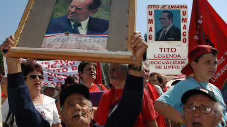 In den ehemaligen Einzelstaaten Jugoslawiens unterstützten noch viele Menschen die Ideen des sozialistischen Republikgründers Josip Broz Tito: