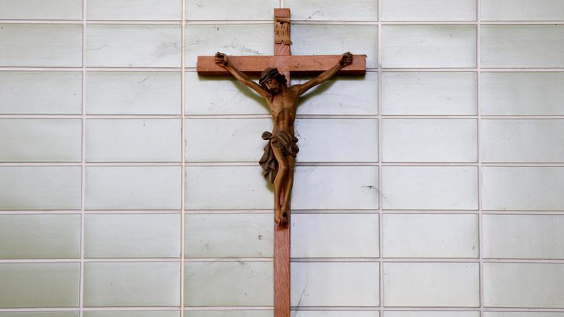 Kreuzpflicht in Bayern tritt in Kraft – Ministerpräsident Söder beim Papst im Vatikan