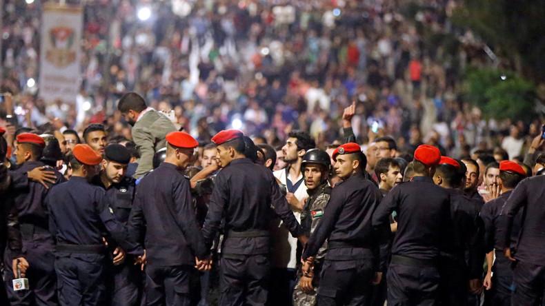 Tausende protestieren gegen Steuererhöhungen in Jordanien