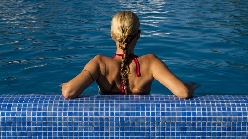 China: Schwimmbad führt eigene Bahn für Frauen ein, die langsam unterwegs sind