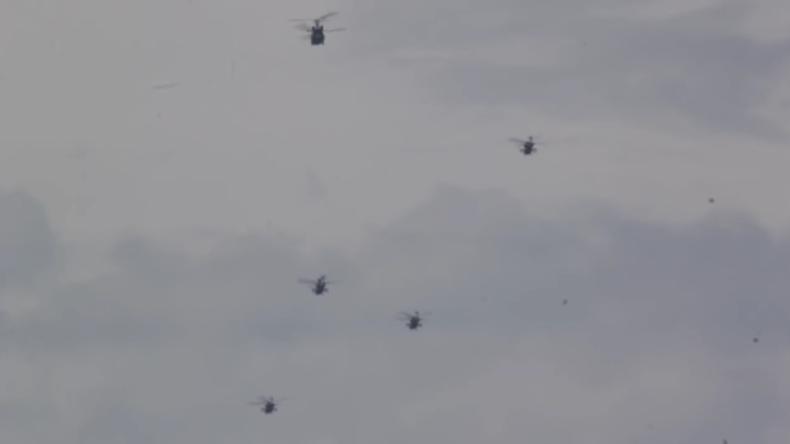 Exklusiv: Zahlreiche US-amerikanische Hubschrauber über Sachsen gefilmt