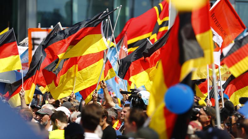 AfD-Vorstand kritisiert Nachwuchs für Gesang von ganzem Deutschlandlied
