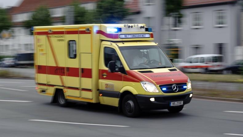 Münster: Linienbus schiebt an Ampel Autos ineinander - 16 Verletzte