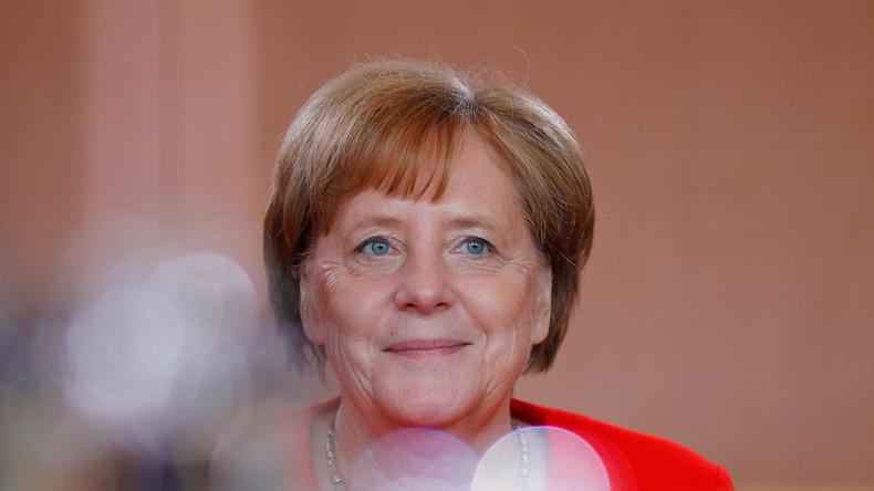 LIVE: Merkel im Bundestag - Fragestunde mit der Kanzlerin