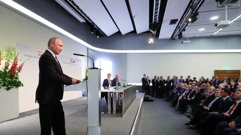 LIVE: Wladimir Putin hält alljährliche Fragestunde in Moskau ab - Mit deutscher Simultanübersetzung