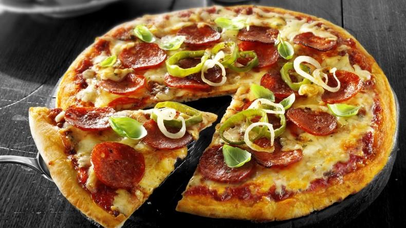 Zustellung schiefgegangen: Illegaler Einwanderer bringt Pizza zu Militärbasis und wird festgenommen