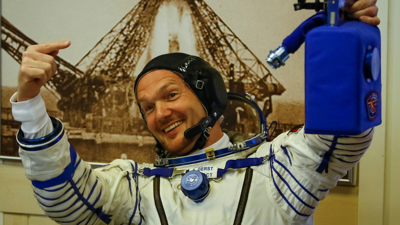 LIVE: ISS – Ankunft der Crew von Alexander Gerst und Willkommenszeromonie