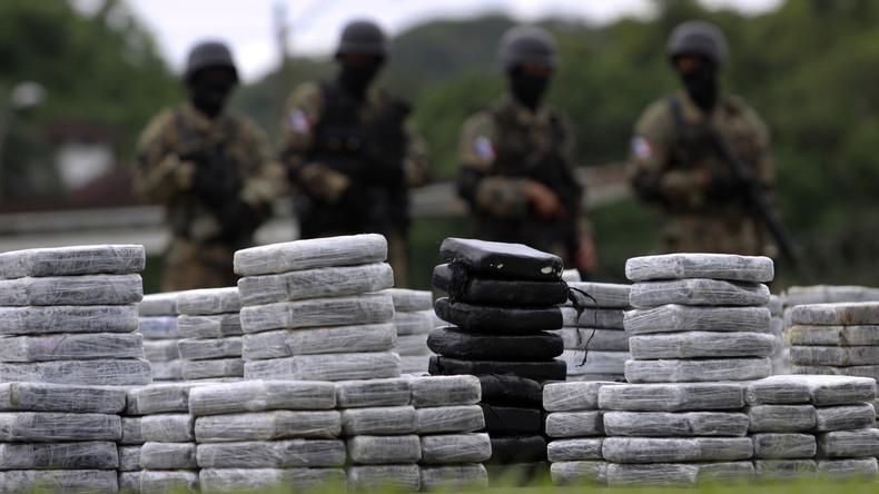 Kolumbianische Kriegsmarine beschlagnahmt Tauchboot mit zwei Tonnen Kokain
