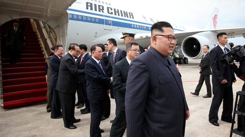 Kim Jong-un zum Gipfel mit Donald Trump in Singapur gelandet