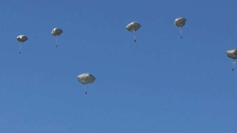 Gegen Russland: US-Armee übt mit NATO-Verbündeten und israelischen Soldaten in Polen