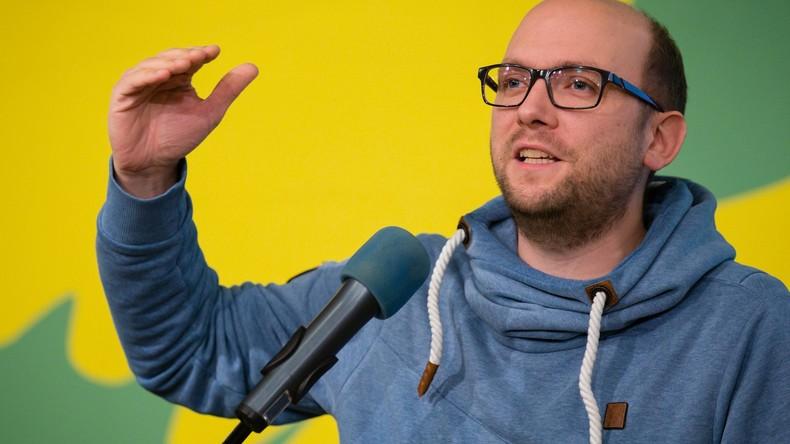 """""""Keine VIP-Besuche bei Autokraten"""" - Grüner Osteuropa-Sprecher Sarrazin im Interview mit RT Deutsch"""
