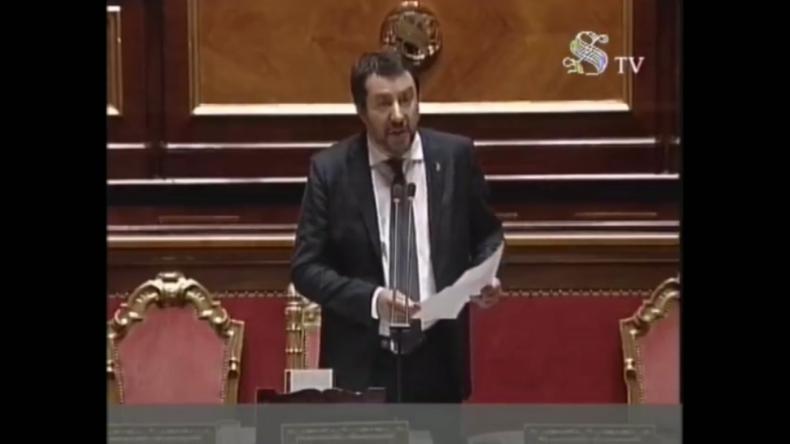 """Italien: Salvini wirft Macron Heuchelei vor - """"Frankreich hat über 10.000 Migranten abgewiesen"""""""
