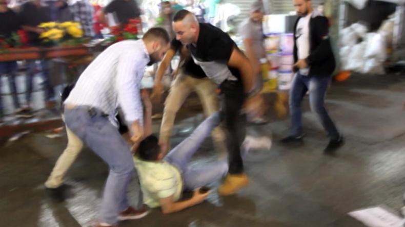Palästinensergebiete: Polizei löst gewaltsam Solidaritätskundgebung für Gazastreifen in Ramallah auf