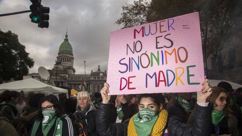 Argentiniens Parlament macht Weg für Legalisierung von Abtreibung frei