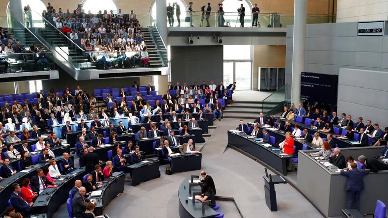 LIVE: 40. Sitzung des Deutschen Bundestags zu Masterplan - Flüchtlings- und Integrationspolitik