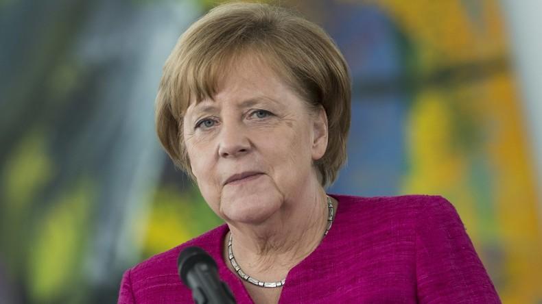 Angela Merkel gibt Pressekonferenz zum Asylstreit (Video)