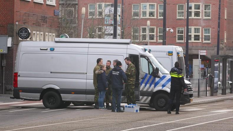 Niederlande: Drei mutmaßliche IS-Waffenlieferanten festgenommen