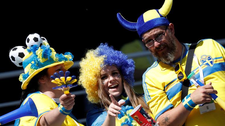 Bier alle! Schwedische Fans trinken nach Sieg im WM-Spiel gegen Südkorea das ganze Bier der Stadt