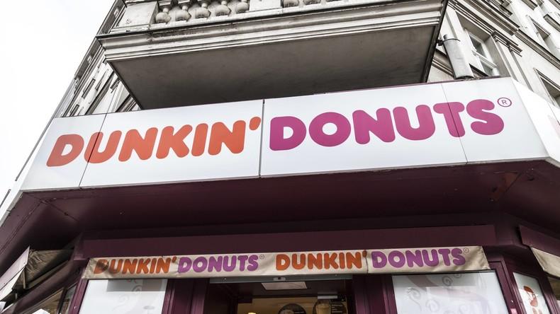 Personal spricht nicht Englisch? Melden und gratis essen! – Dunkin' Donuts Angebot sorgt für Unmut