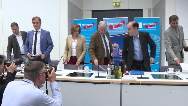 AfD: Seehofer wird nur wegen unseretwegen aktiv - weil CSU Angst um absolute Mehrheit hat