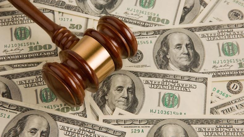 Sohn bittet Eltern wiederholt um Geld - sie bringen ihn vor Gericht