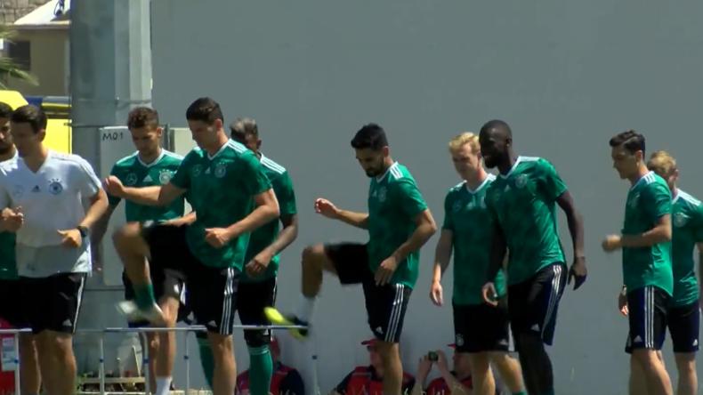 Alles kann besser werden - Deutsche Elf bereitet sich in Sotschi auf WM-Spiel gegen Schweden vor