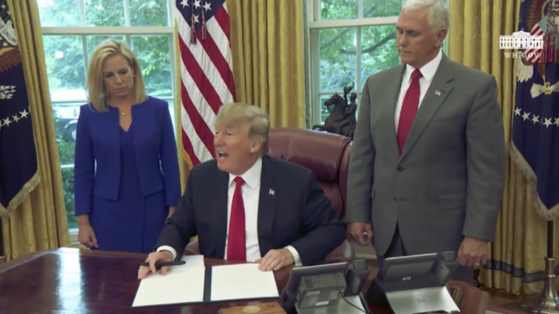 """""""Das liegt mir sehr am Herzen"""" - Trump beendet Trennung von Migrantenkindern und ihren Eltern"""