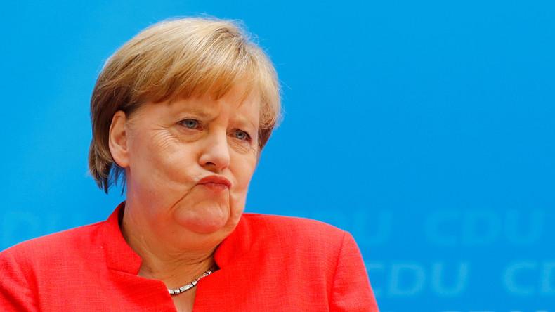 Aktuelle Umfrage: Fast jeder zweite Deutsche für Rücktritt von Kanzlerin Merkel
