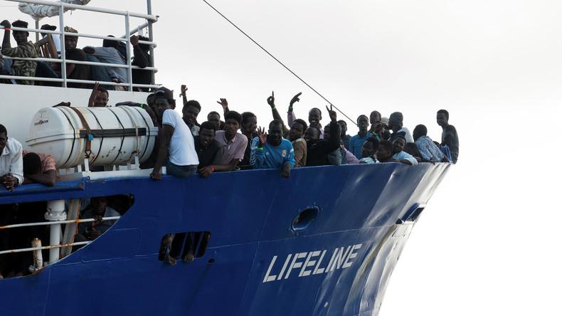 Flüchtlingsdrama und Streit um Beflaggung: Italien droht, Rettungsschiffe zu beschlagnahmen