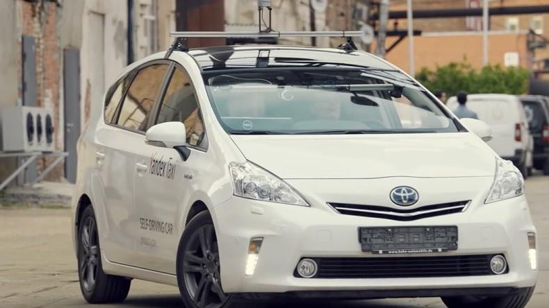 Fast ohne menschliches Eingreifen: Fahrerloses Taxi fährt erstmals 780 Kilometer quer durch Russland