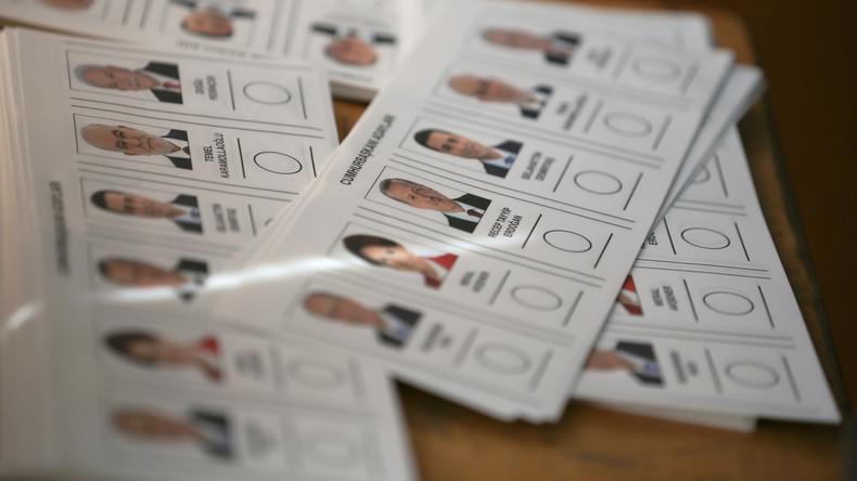 Türkei: Stimmabgabe in Istanbul bei Wahlen im vollen Gange