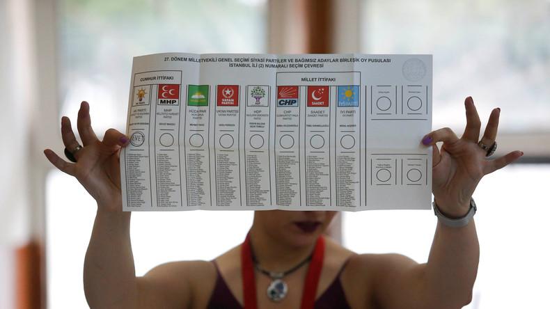 Wahlen in Türkei: Erdogan führt Präsidentschafts- und Parlamentswahlen an