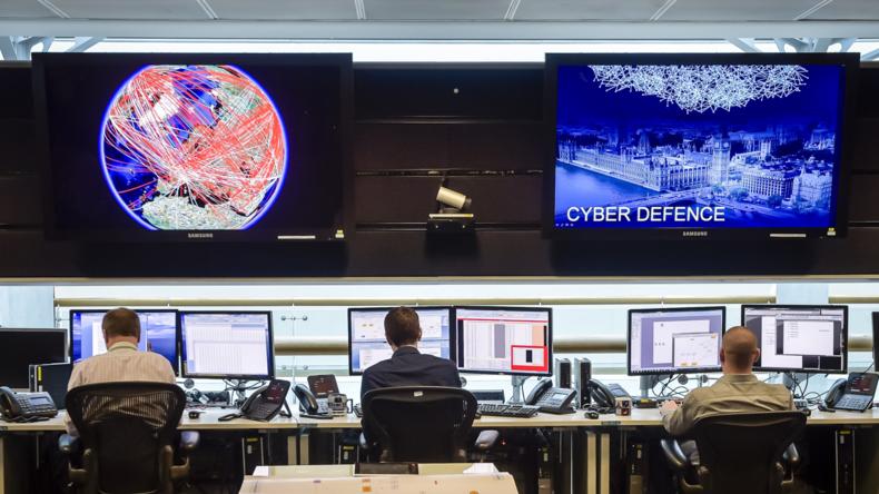 Großbritannien: Öffentlich-rechtliche Rundfunkanstalt BBC sendet Werbung für Spionage-Agentur GCHQ