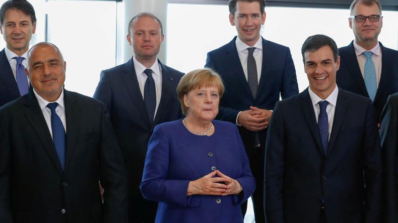 """Osteuropäische Staatschefs: """"EU-Sondertreffen dient nur Merkels Machterhalt"""""""