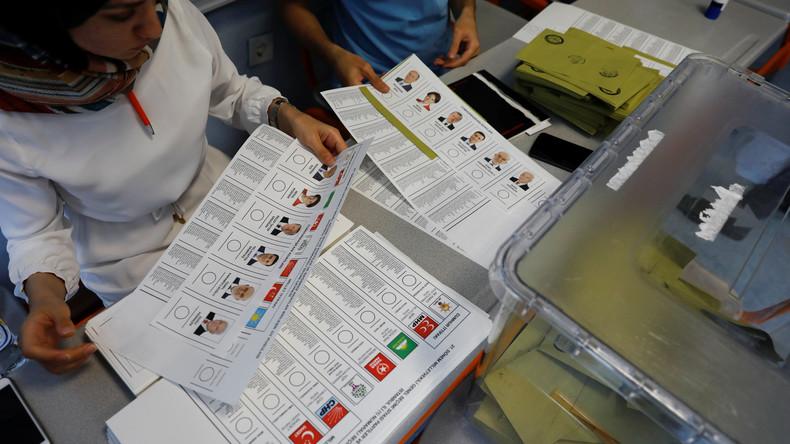 Drei bei der Türkei-Wahl festgenommene Deutsche wieder frei