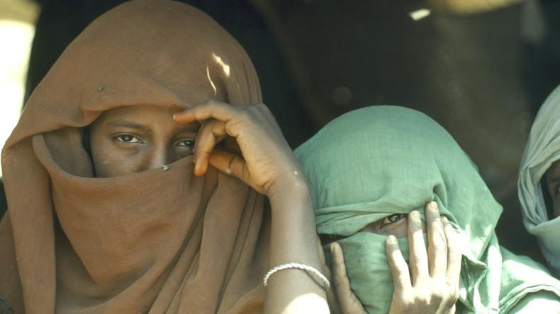 Gericht hebt Todesstrafe für Sudanesin wegen Tötung von Ehemann auf, der sie vergewaltigte