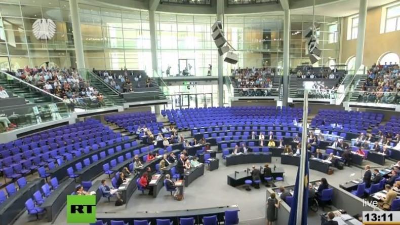 LIVE: 41. Sitzung des Deutschen Bundestages zu Steuerentlastung, Fragestunde, Seenotrettung