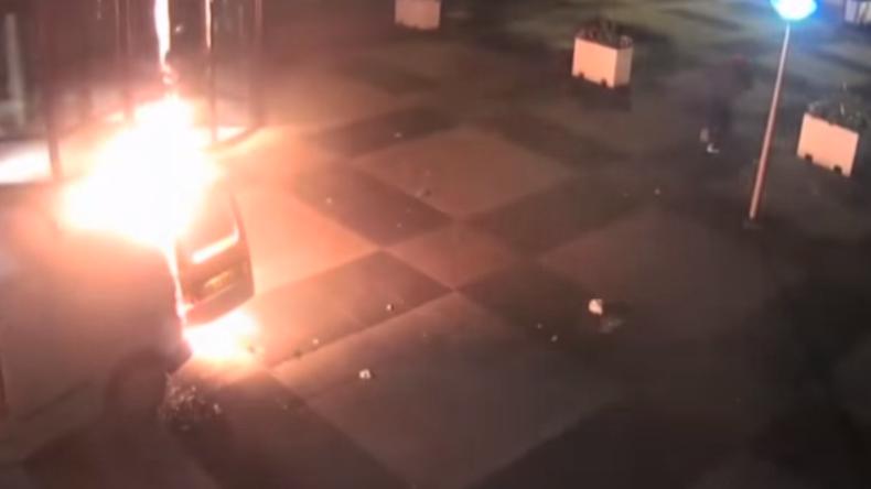 Video zeigt Anschlag auf Redaktionsgebäude der auflagenstärksten niederländischen Tageszeitung