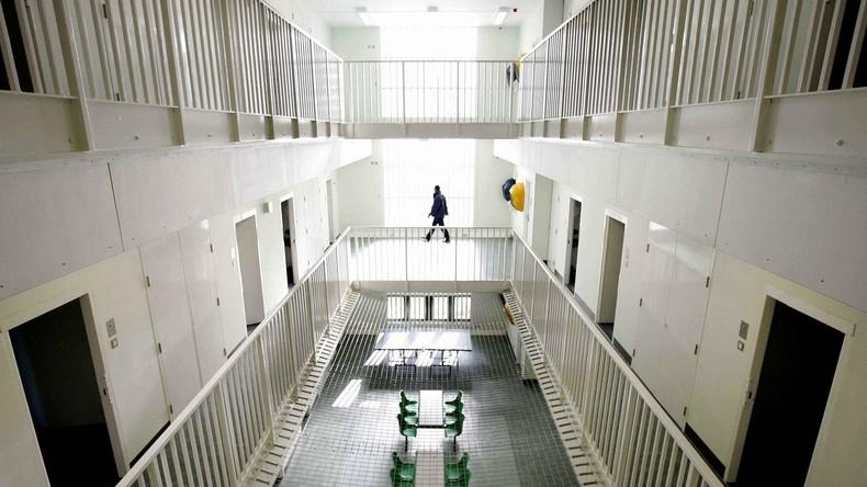"""Großbritannien: 850 """"Migranten"""" irrtümlich festgenommen - 21 Millionen Pfund Entschädigung"""
